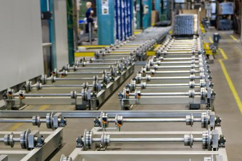 automated materials handling system / basket / for trolleys / industrial