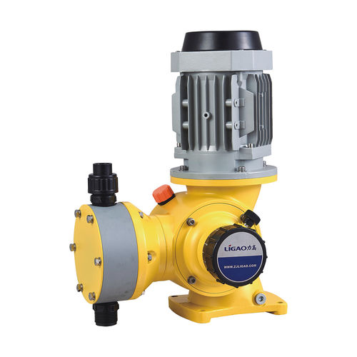 chemical pump / with electric motor / diaphragm / agriculture