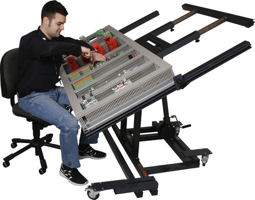 battery-powered assembly bench