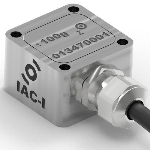 single-axis accelerometer / MEMS / capacitive / EMI