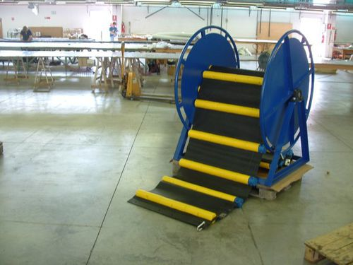 manual reel / motorized / hydraulic motor / fixed