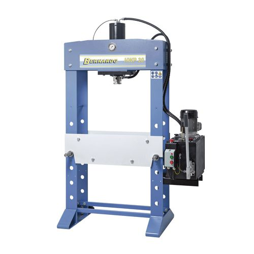 hydraulic press / straightening / assembly / workshop