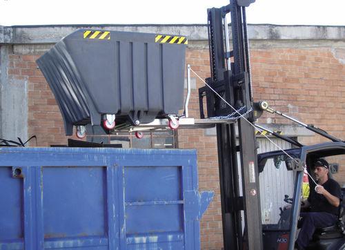 Polyethylene skip / for waste / tilting cod. POLYRIB 1000 SALL Srl