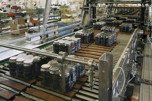 Modular belt conveyor / for the food industry / food / for cans Innopack Kisters CD KHS GmbH
