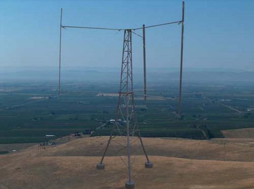 Vertical-axis wind turbine 2 500 kW  Mariah Energy