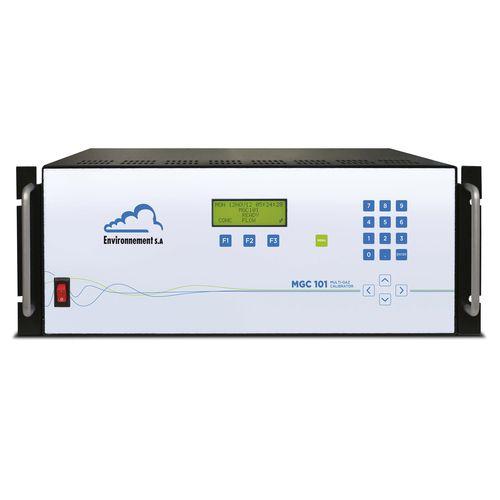 environmental analysis calibrator / for air analyzers