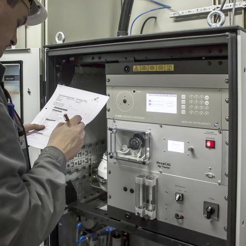 mercury analyzer / trace / ion concentration / elemental