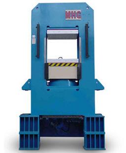 Vulcanizing press 800 t MHG