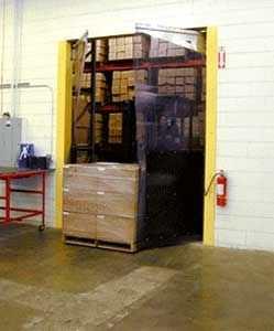 swing door / PVC / for cold storage / industrial