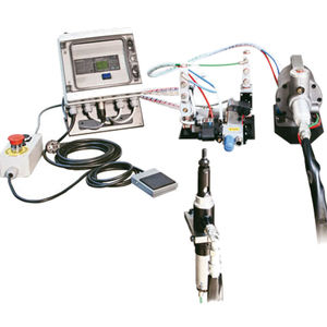 pneumatic riveter / hydro-pneumatic / automatic / for long inserts
