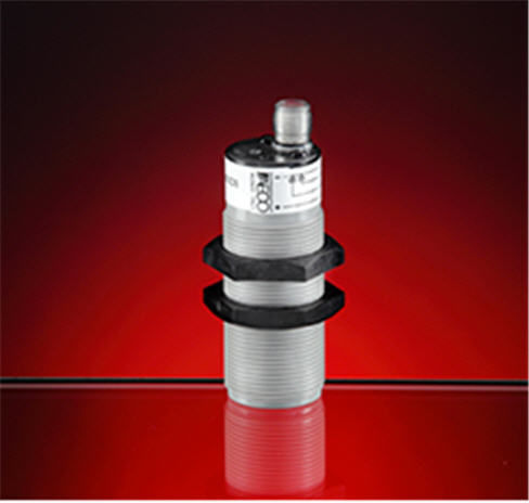 capacitive proximity sensor / cylindrical M30 / standard / IP67