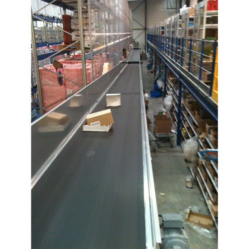 belt conveyor / for waste