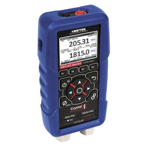 pressure calibrator / temperature / multifunction / voltage