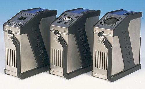 temperature calibrator / for temperature sensors / dry-block / programmable