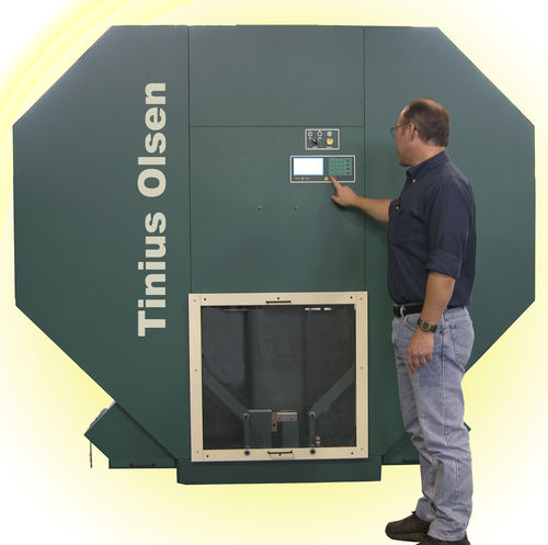 Brugger pendulum impact tester IT542 Tinius Olsen