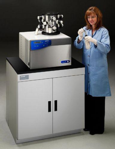 laboratory freeze dryer