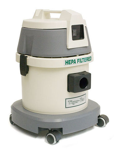 dry vacuum cleaner / single-phase / industrial / mobile