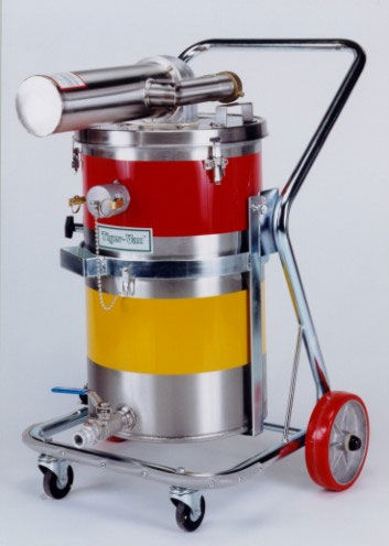 dry vacuum cleaner / for fuel / for solvents / pneumatic