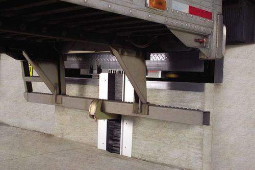 Vehicle restraint system VBR-600 Rite-Hite