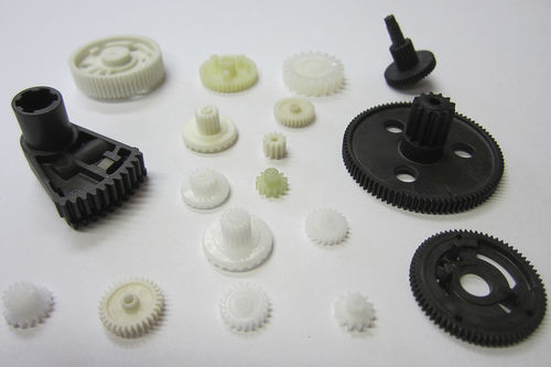 spur gear / straight-toothed / plastic / hub