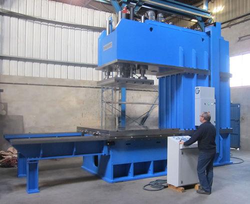 Hydraulic press / forming / cutting / C-frame CM-250 E HIDROGARNE