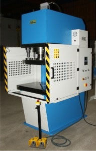 hydraulic press / stamping / cold / C-frame