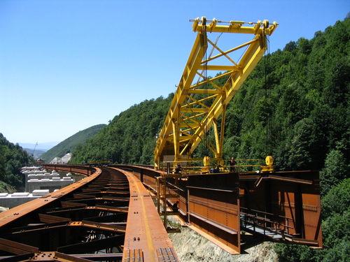 fixed crane / derrick / for railway applications