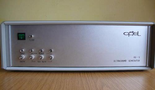 ultrasonic pulse generator