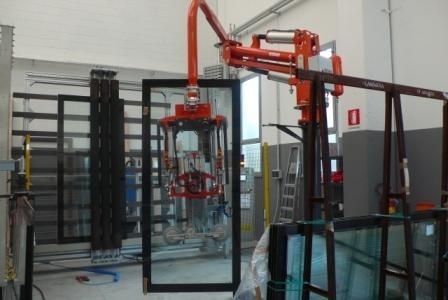 manipulator with suction cup / for large glass panels / handling / articulated-arm