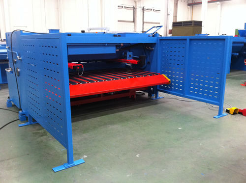 hydraulic shear / for metal sheets / guillotine