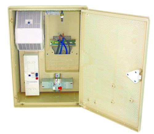 electric metering cabinet / wall-mount / hinged door / polyester