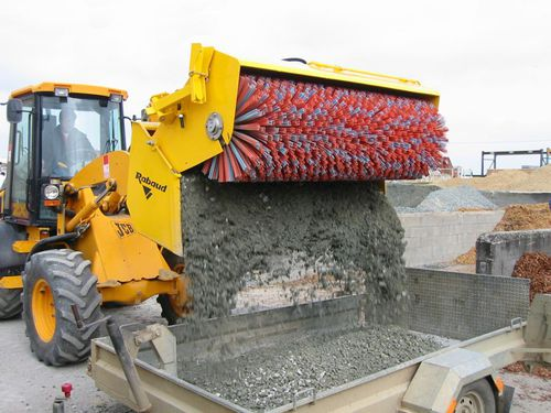 sweeper bucket / for loaders