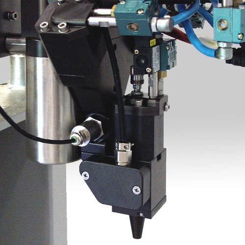 adhesive dispensing system / liquid / volumetric / piston