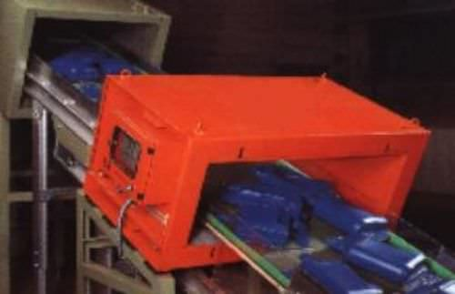 tunnel type metal detector / for conveyors / for plastics / for pellets