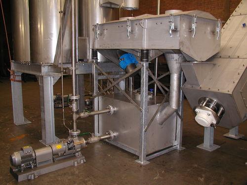 plastics recycling unit