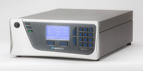 nitrogen oxide analyzer / trace / benchtop / continuous
