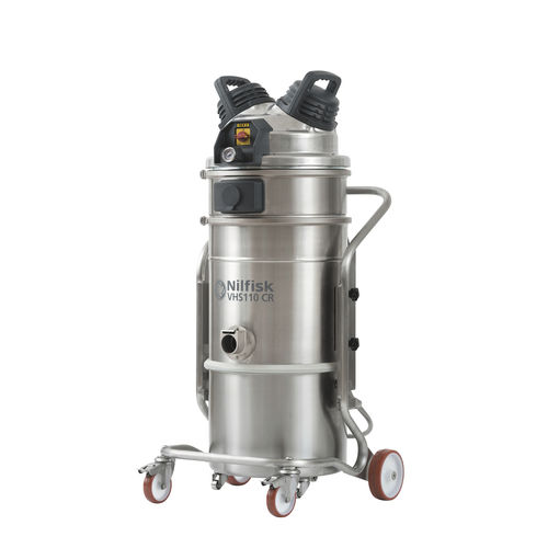 Wet and dry vacuum cleaner / electric / for clean rooms / industrial VHS110 CR Nilfisk Industrial Vacuum Solutions