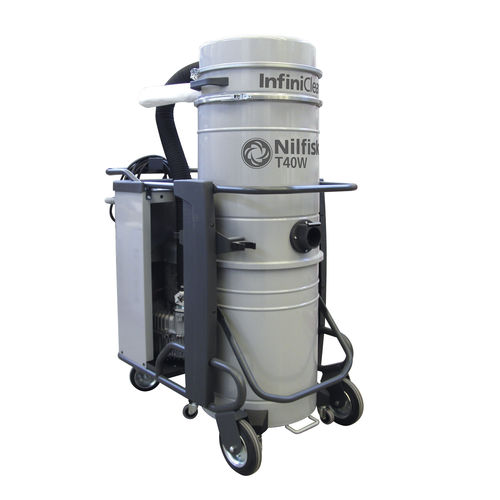 waste vacuum cleaner / three-phase / industrial / mobile
