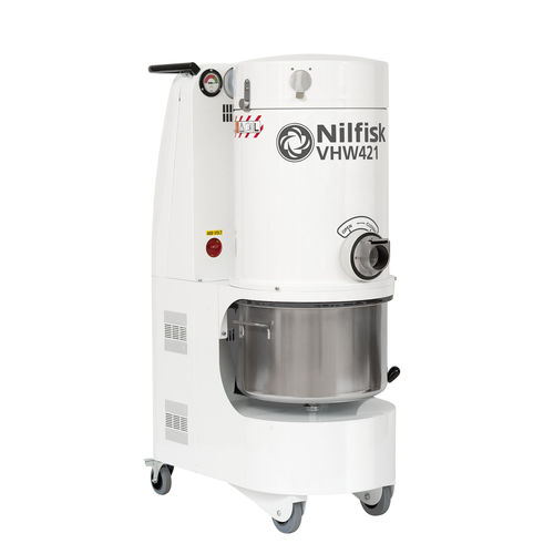 Dry vacuum cleaner / hazardous dust / three-phase / for the food industry VHW421 series Nilfisk Industrial Vacuum Solutions