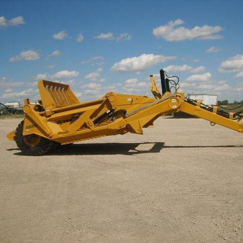 Pull scraper 1233 K-Tec Earthmovers Inc.