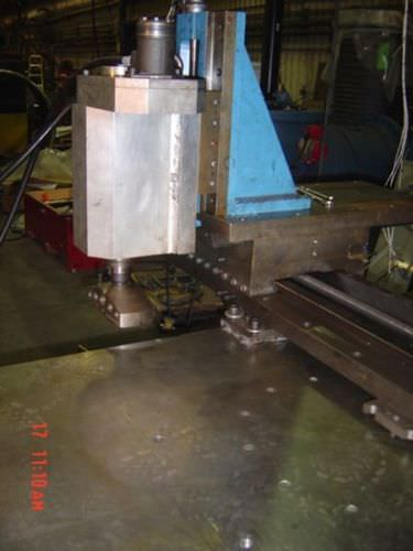CNC milling machine / 3-axis / vertical Hydratight