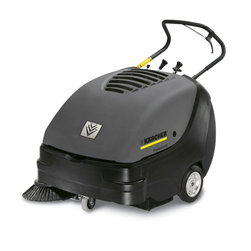 walk-behind sweeper / combustion engine / compact
