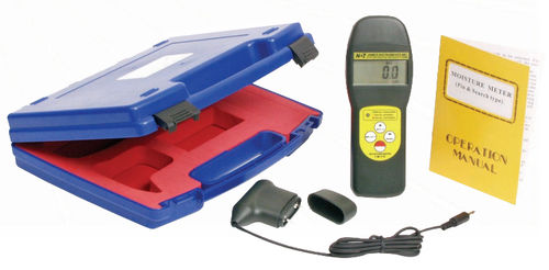 Solid materials moisture meter / dielectric / mobile / with digital display Aquameter™ James Instruments