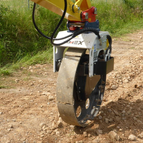 trench compactor wheel compactor / vibrating