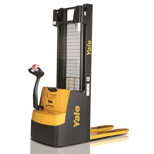 electric stacker truck / walk-behind / pallet / for warehouses