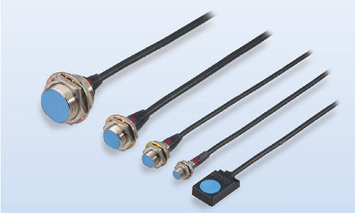 inductive proximity sensor / cylindrical / amplified