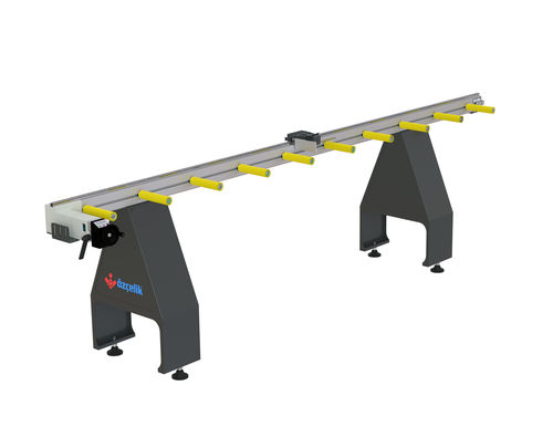 driven roller conveyor / for profiles