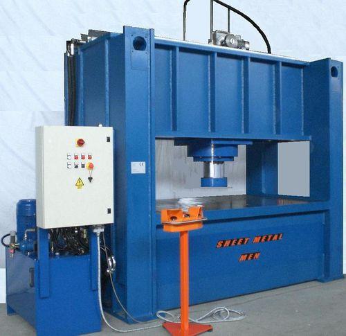 hydraulic press / straightening / vertical / for sheet metal