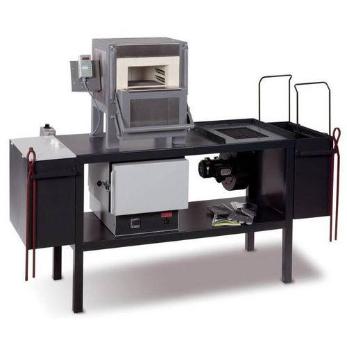 annealing furnace / nitriding / hardening / chamber