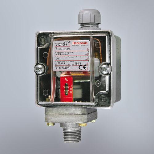 mechanical pressure switch / for liquids / adjustable piston